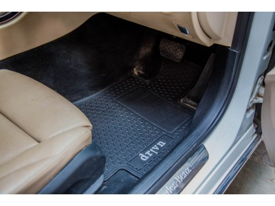 Mercedes-Benz C-Class Latex Rubber Car Mat